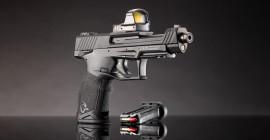 Nos EUA, pistola Taurus TX22 Competition é avaliada pela Shooting Sports